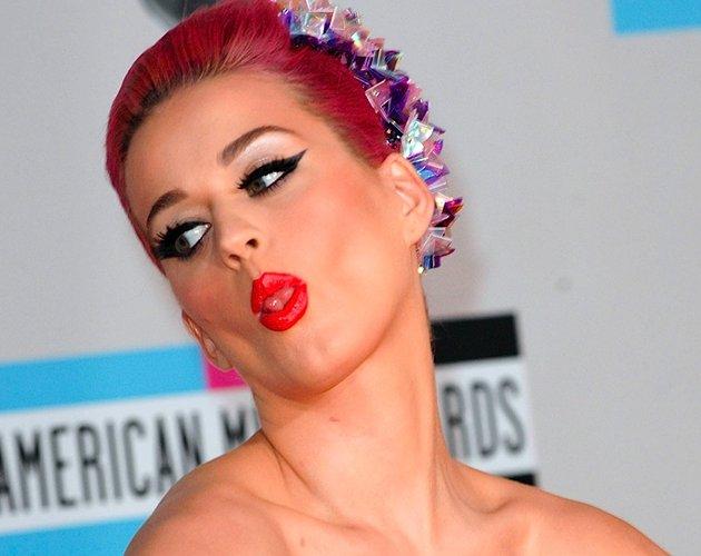 La semana que viene Katy Perry lanza la reedición de su álbum de 2010 ...